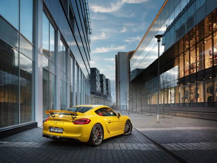 Porsche Calendar 2016 behind the scenes