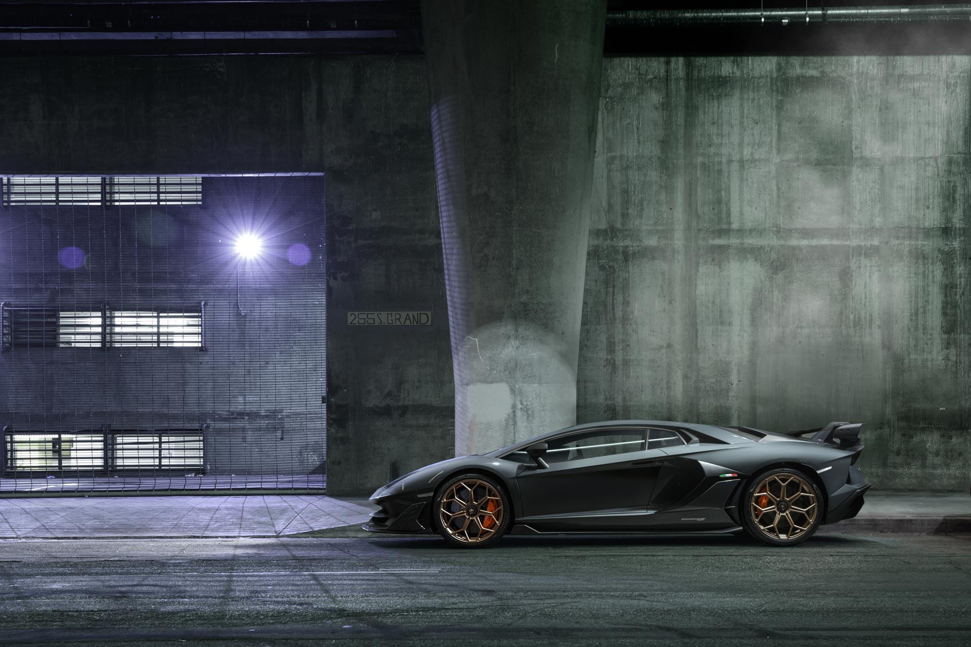 Lamborghini Aventador in Los Angeles